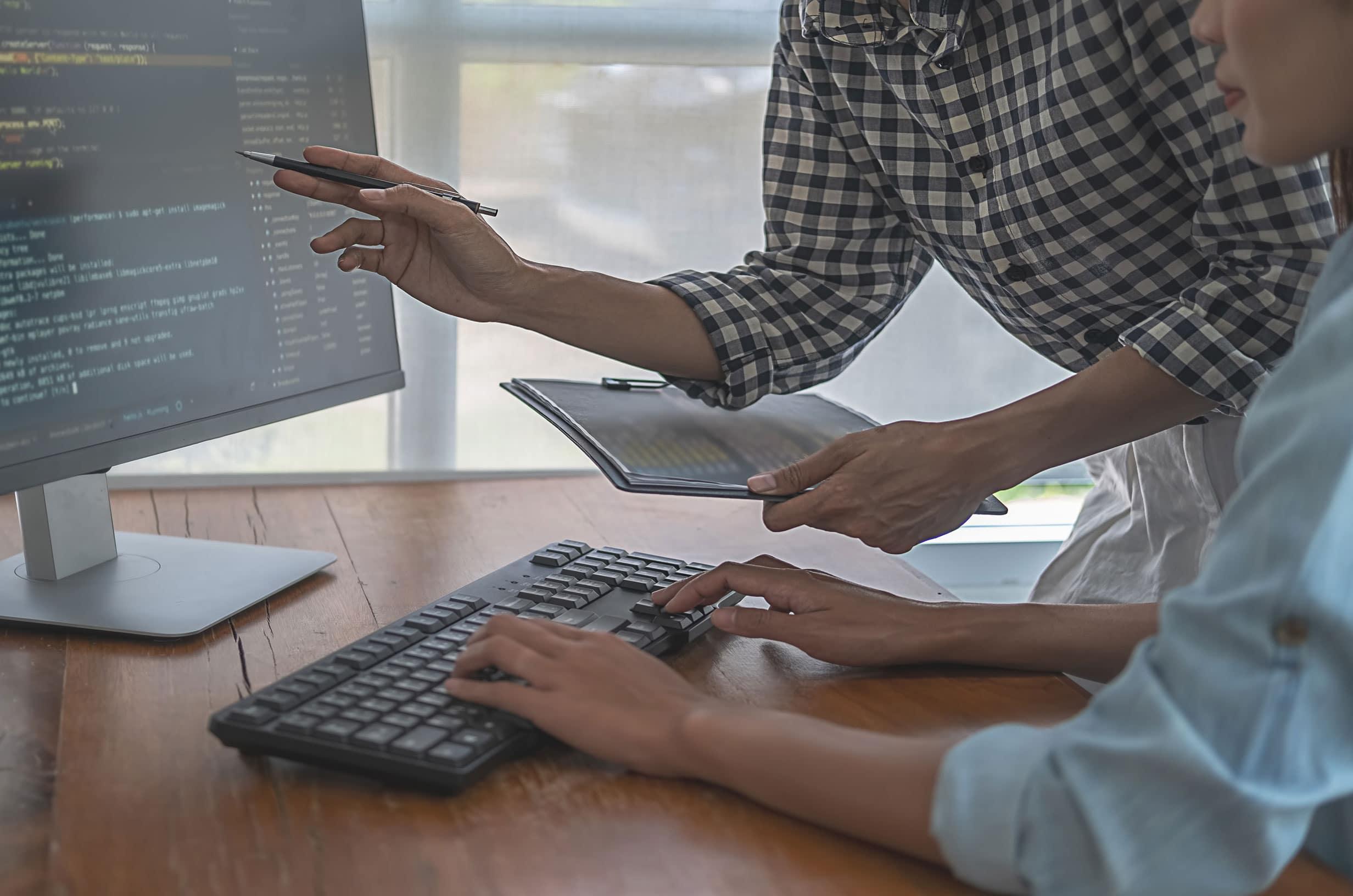 Sviluppiamo software e gestionali personalizzati: qualcosa di intangibile, ma che ti farà cambiare nel concreto